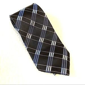 Michael Kors 100% silk pattern tie in blue